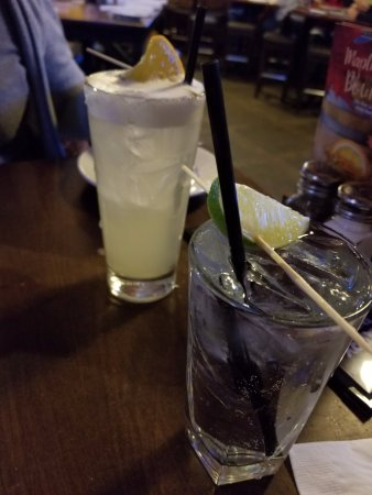 Vernon, CT: Vodka Soda and Margarita