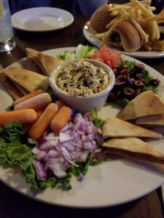 Vernon, CT: Hummus Plate