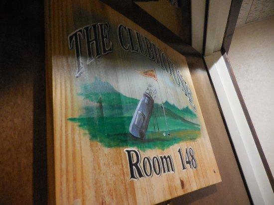Saint Joseph, MO: Room 148 the Clubhouse theme suite