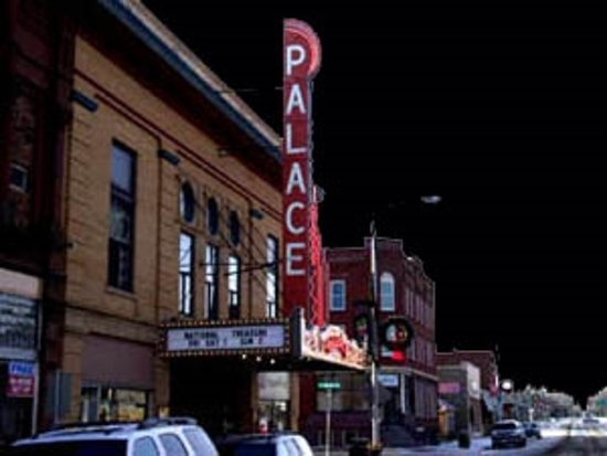 Luverne, MN: Palace marquee at Christmas