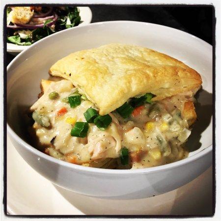 Brownwood, TX: Chandler Street Chicken Pot Pie @ Steves'
