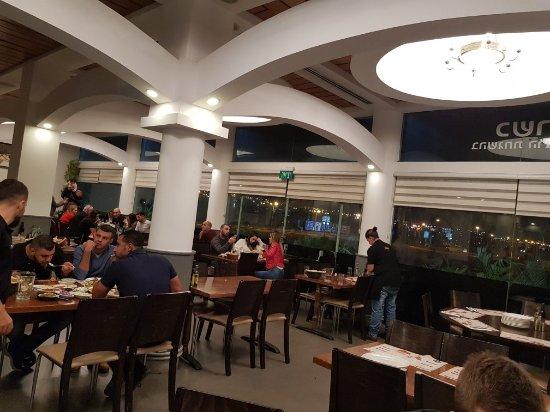 Achla Platinum Grill : TA_IMG_20171116_221252_large.jpg