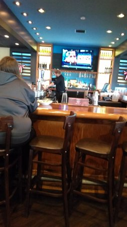 Prattville, Αλαμπάμα: There is a bar with super strong chairs...