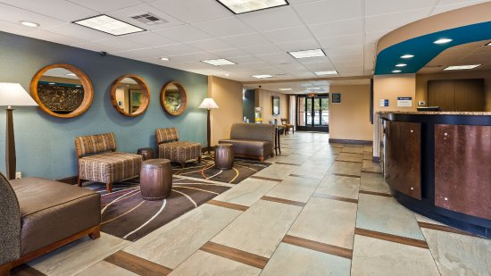 Best Western Executive Hotel: Welcome to our hotel. Our staff are here to make your stay great!