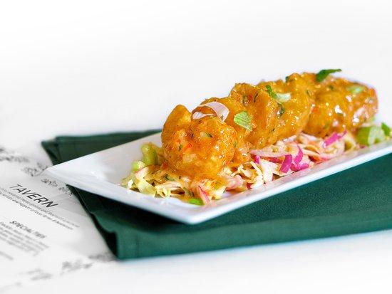 Geneseo, Нью-Йорк: Thai Shrimp - fried shrimp, thai aioli, mango slaw