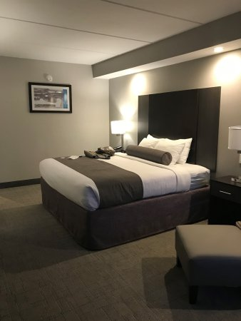 Kodak, TN: king size bed
