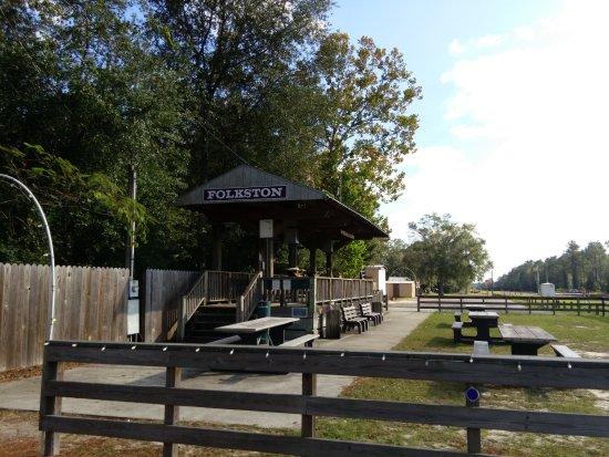 Folkston, GA: Platform and yard