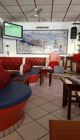 Angelus Bar: Great bar.
