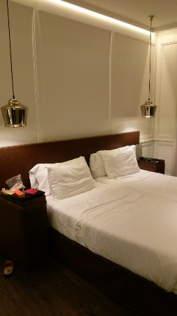 H10 Montcada Boutique Hotel : IMAG1511_large.jpg