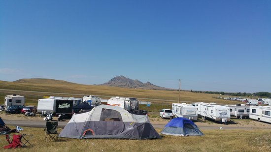 Sturgis, Dakota do Sul: View of Bear Butte from the campground