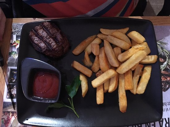 Kista, Swedia: Steak & fries