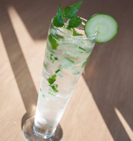 Holiday Inn & Suites Scottsdale North - Airpark: Cucumber Mojito!