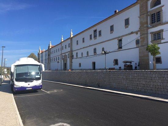 Tomar, Portugal: Convento da Ordem de Cristo - panorâmica externa