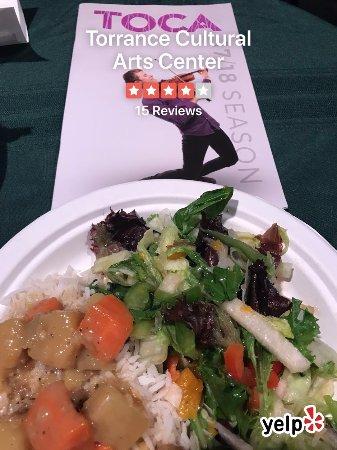Τόρανς, Καλιφόρνια: Catered dinner of curry and salad