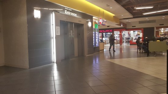 capilano mall shoe stores