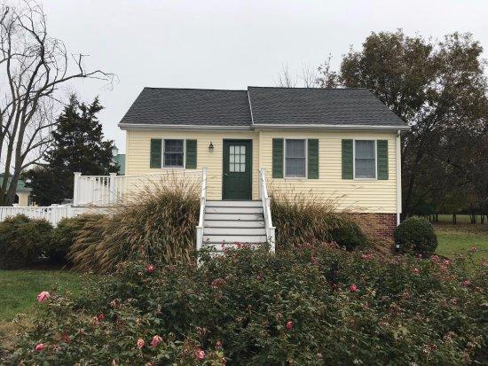 Royal Oak, MD: Front of the cottage