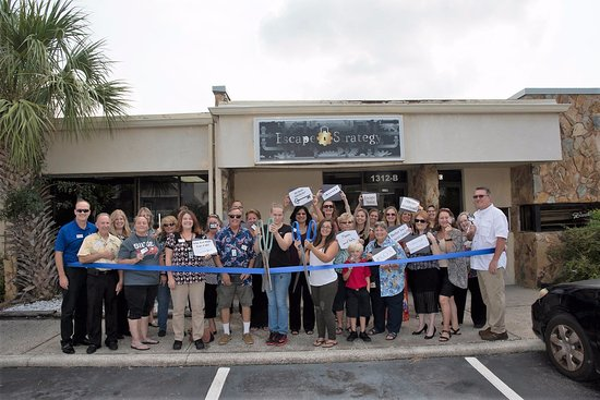 Apollo Beach, FL: ribbon cutting