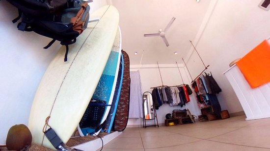 Mirissa, Sri Lanka: Inside. Shortboards/Longboards and super fancy clothing