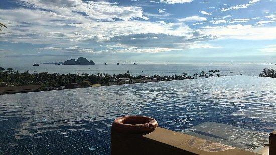 Aonang Cliff Beach Resort Photo