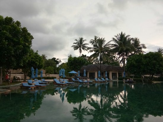 The Naka Island, A Luxury Collection Resort & Spa Phuket : น้ำร้อนในห้องหม้อต้มเล็กน้ำไม่ร้อน บริการ2มาตรฐานป้ายบอกทางแย่ หาดไม่สวยเป็นโคลน