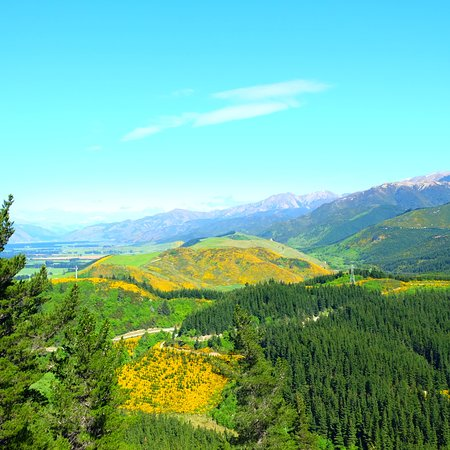 Hanmer Springs, Selandia Baru: View from the Conial Hill
