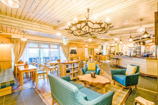 Copper Fells Bar & Brasserie: Copper Fells pet friendly bar area