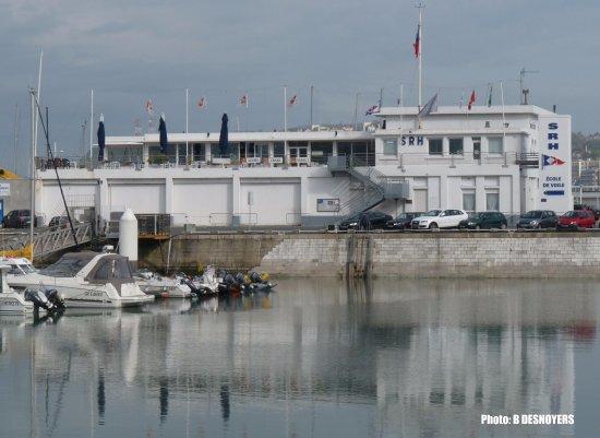 Les regates le havre boulevard clemenceau restaurant for Garage clemenceau le havre