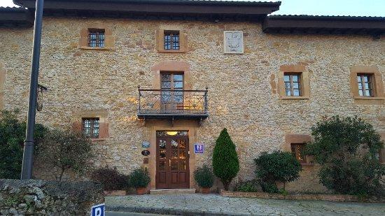 Hotel Palacio de la Vinona: 20171116_083646_large.jpg