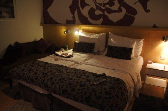 Dahlia Inn Photo