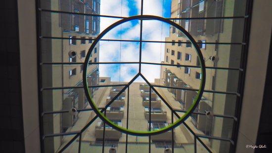 verri re du hall d 39 entr e picture of 7seasons apartments budapest budapest tripadvisor. Black Bedroom Furniture Sets. Home Design Ideas