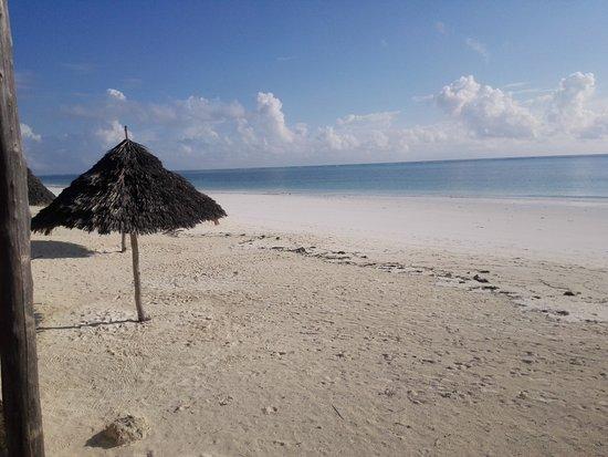 Il mare e la spiaggia di Villa Dida