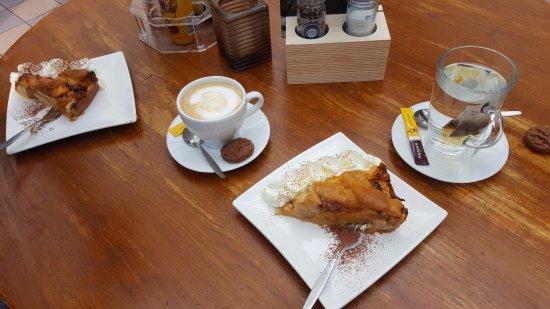 Lage-Vuursche, هولندا: Lekker appelgebakje