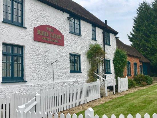 Χάι Γουάικομπ, UK: Welcome to the Red Lion Tea Room, situated in the heart of Bradenham village