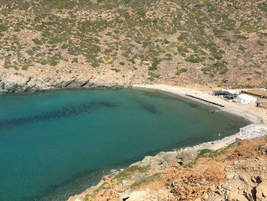 Sifnos, Grecia: Playa desde el camino
