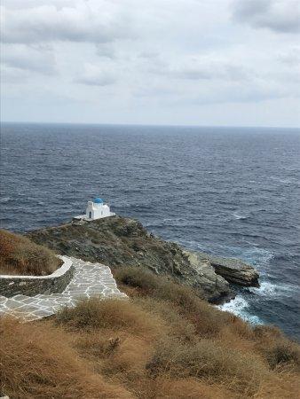 Kastro, Greece: Iglesia vista desde arriba