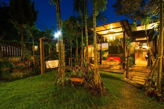 Saraphi, Thailand: Garden