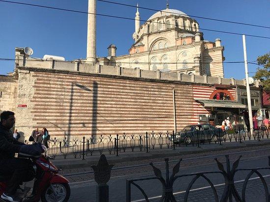 Laleli mosque istanbul tripadvisor for Hotels in istanbul laleli