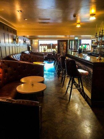 Langton House Hotel: Main Bar