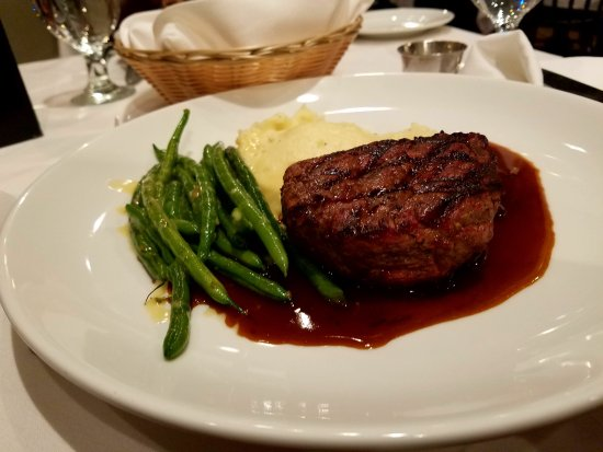 Rhinebeck, NY: Filet Steak and Potatoes