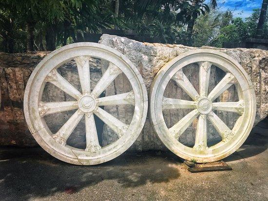 Chalong, Thailand: колеса