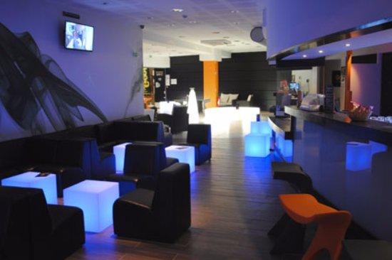 Mulhouse, Francia: LED bar