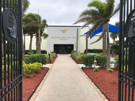 Fort Pierce, FL: Front Entrance