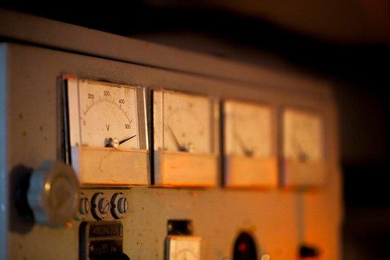 Bury St. Edmunds, UK: High Voltage