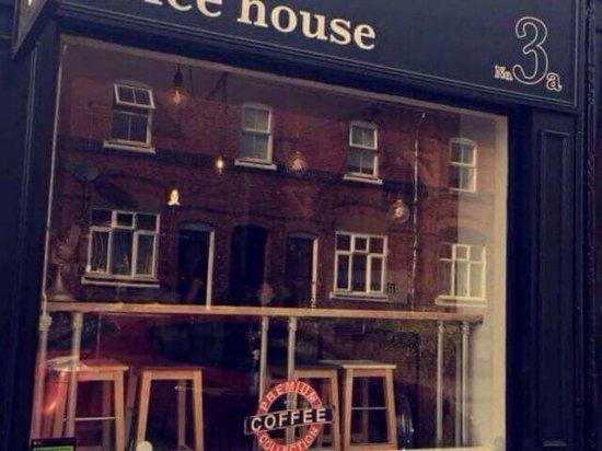 Bromsgrove, UK: No 3A Coffee House
