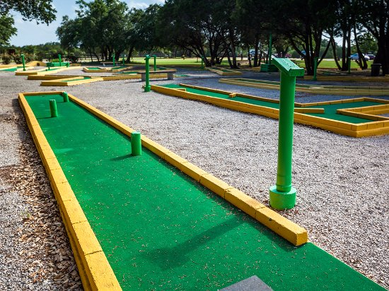 Whitney, TX: Mini Golf