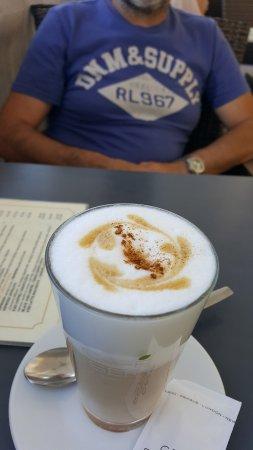 Cafe Salmovsky Palac: caffè