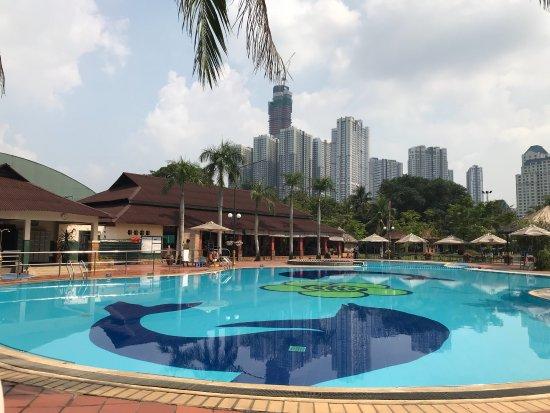 Van Thanh Swimming Pool