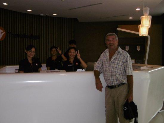 Travelodge Pattaya: Un especial agradecimiento a todas las recepcionistas