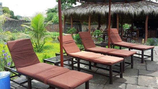 Hotel jardin de granada nicaragua omd men och for Jardin de gomerez granada