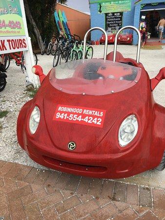 Robin Hood Rentals : Scooter Car!